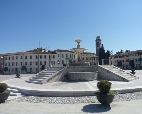 Fountain of Piazza Italia Maniago